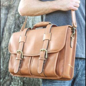 Korchmar Garfield leather messenger